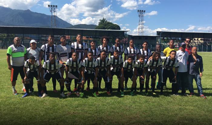 Sub-17 e Sub-20 do Queimados vencem Seleção de Itatiaia