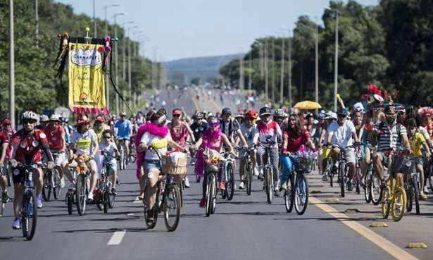 Carnaval em Queimados começa com o 'Carna Pedal'