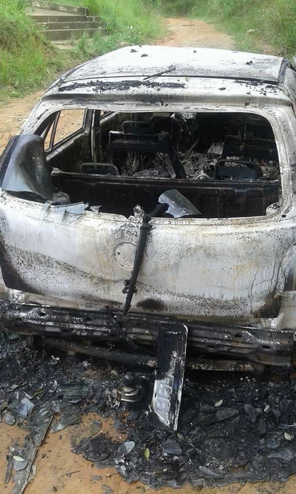 Corpo encontrado carbonizado dentro de carro no Jardim Santa Rosa, em Queimados