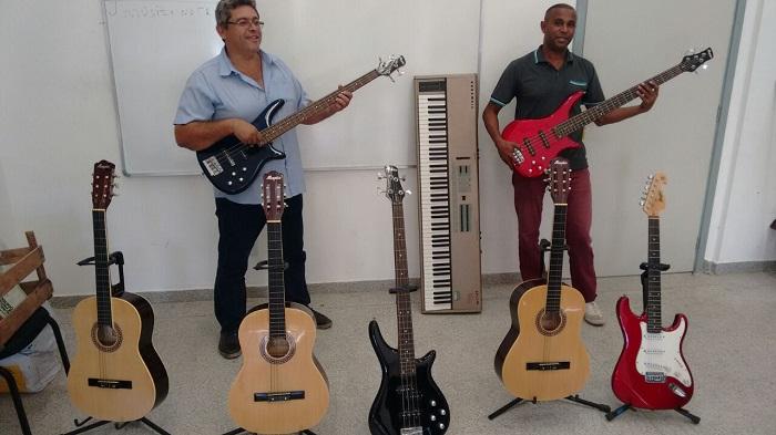 Inscrições para aulas de música grátis em Queimados encerram amanhã e há poucas vagas