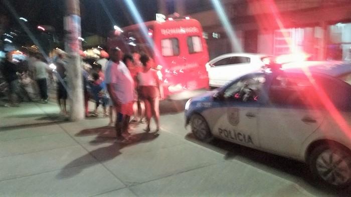 Acidente no centro de Queimados no início da noite desta quarta, 24/05