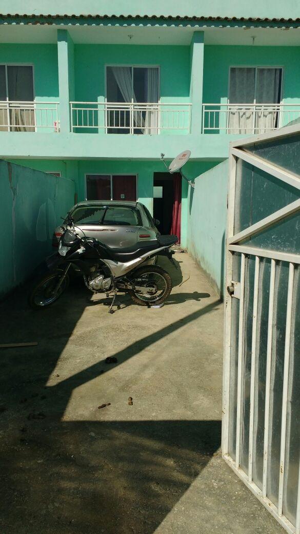 Policiais da 55ª DP encontram dois veículos roubados escondidos na garagem de uma casa no Vila Central