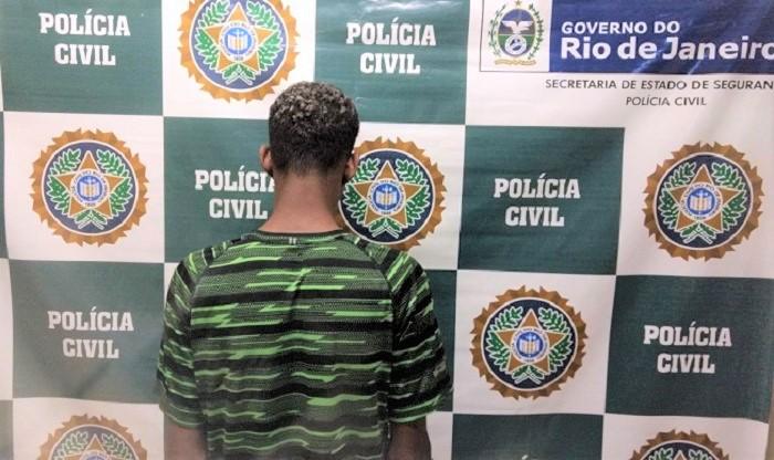 Jovem apreendido por policiais da 55ª DP por roubo cometido em 2015