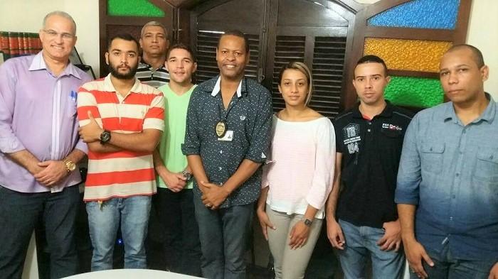 Justiça manda prefeito de Queimados dar posse a concursados para a Guarda Municipal