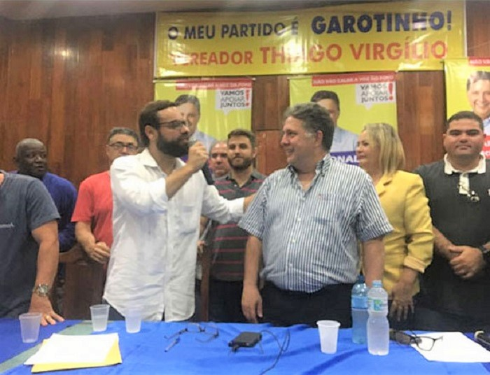 Garotinho lança pré-candidatura ao governo do estado pelo PRP e anuncia Brizola Neto como seu vice