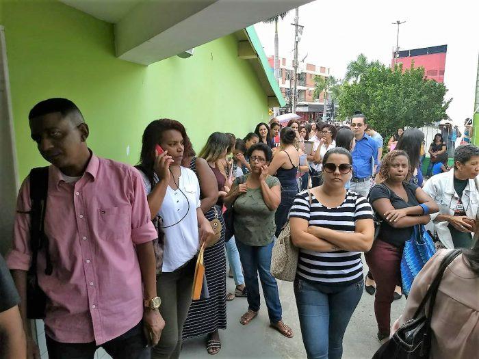 Secretaria de Educação de Queimados recebe quase 700 currículos no primeiro dia de inscrição para a contratação temporária de professores