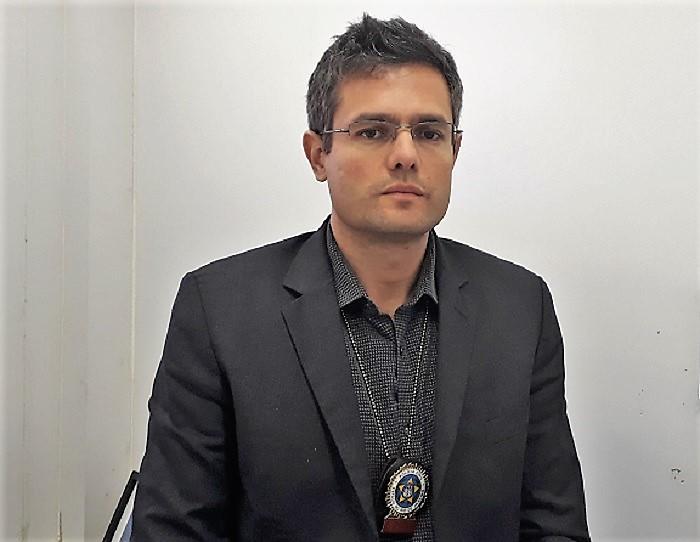 Delegado da DHBF diz que 70% dos homicídios em Queimados decorrem da disputa de território entre traficantes e milicianos