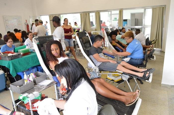 Campanha do Hemorio em Queimados arrecada 100 bolsas de sangue. Doe você também!