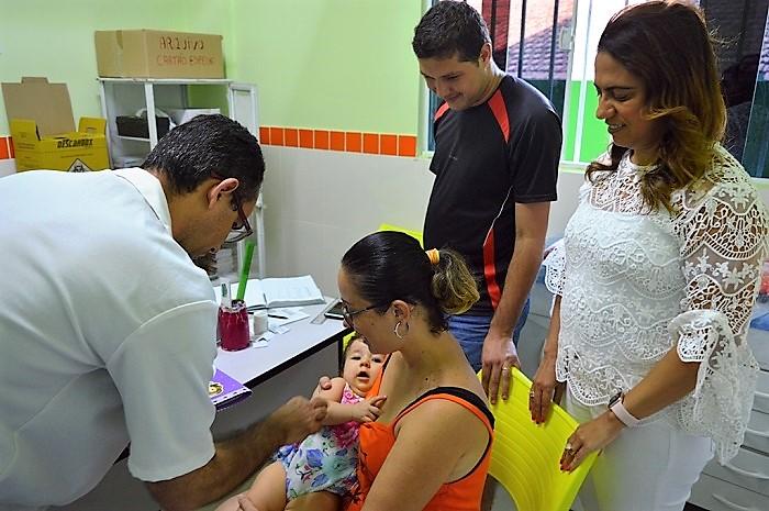Procura por vacina continua baixa e campanha de vacinação antisarampo e antipólio é prorrogada em Queimados