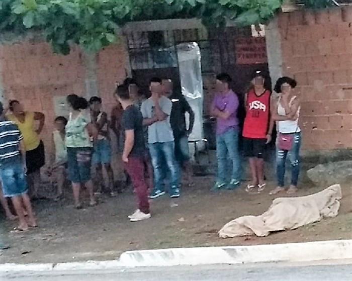 Matança em Queimados continua: homem executado na tarde deste sábado no portão de casa, no Valdariosa