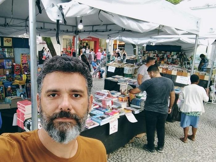 Historiador queimadense questiona ausência de títulos de autores locais na Feira Literária apoiada pela Secretaria Municipal de Cultura