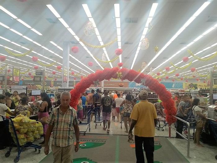 Queimados ganha supermercado da Rede Economia