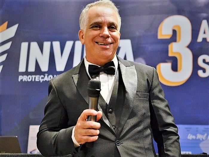 Invicta comemora três anos de sucesso meteórico com festa de arromba na Fantasy Lounge em Nova Iguaçu