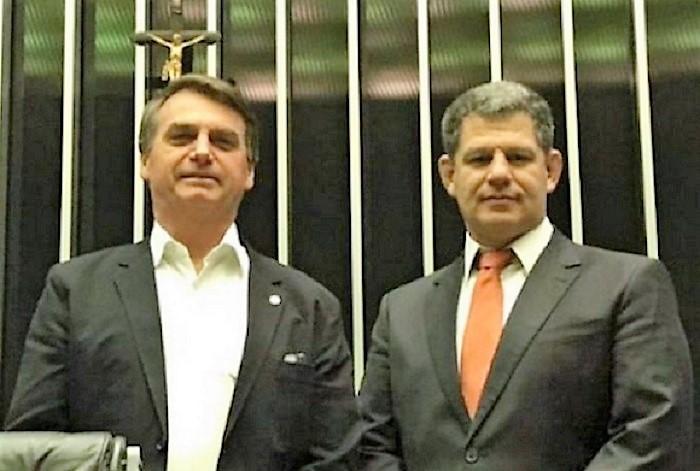 O QUE VOCÊ ACHA da saída do Ministro Gustavo Bebiano do governo Bolsonaro ?