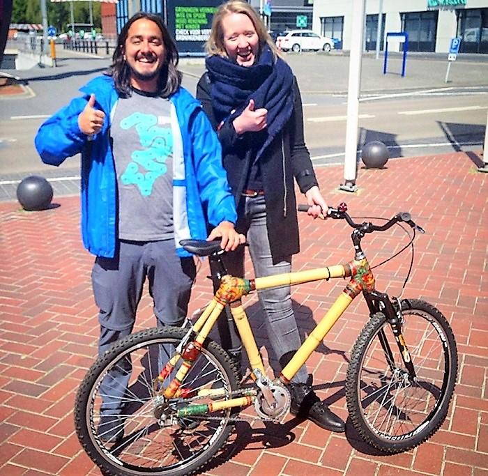 Bicicleta de bambu feita em Queimados foi vendida na Holanda e 'Pedala' está cada dia mais internacional