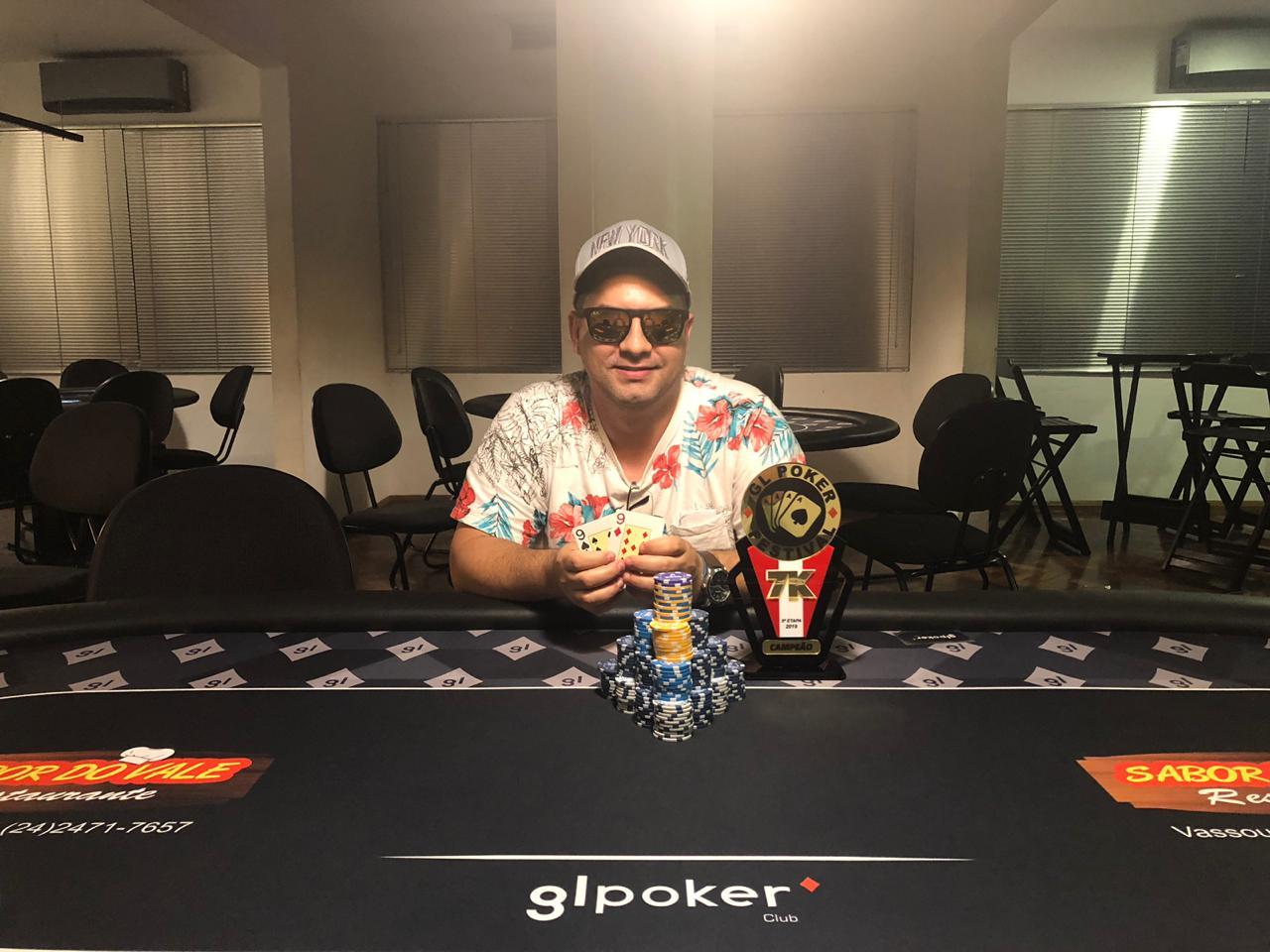 Wallace Mancciny foi o grande campeão da 5ª etapa do festival de Poker em Volta Redonda, evento com 7K Garantidos em premiações