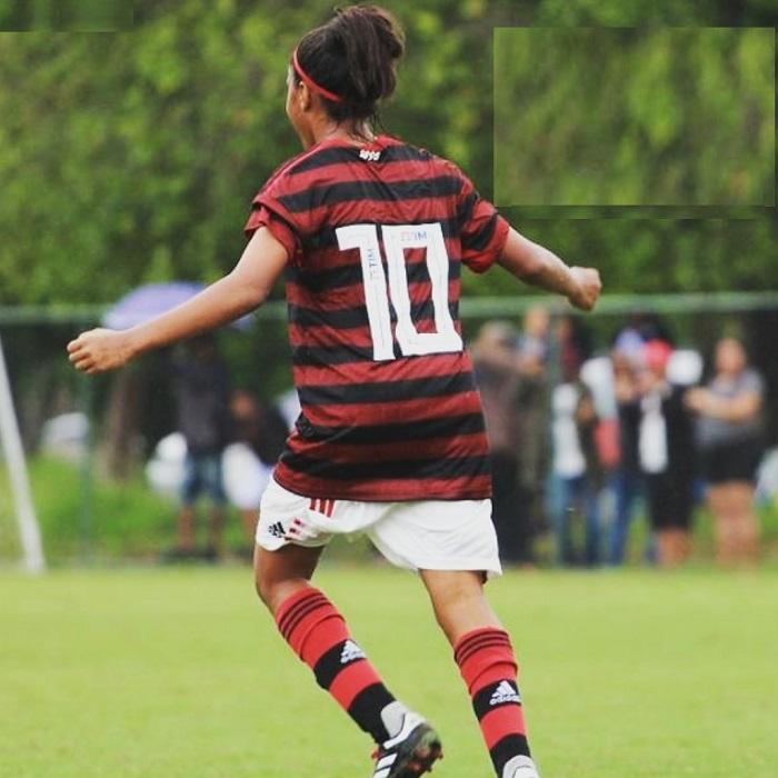 Alô galera do Mengão! Vamos prestigiar Maria Peck no jogo contra o Vasco no campo do Artsul, pela semifinal do campeonato carioca feminino Sub 18