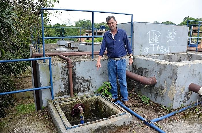 """Diretor da 'Saneáguas' diz que Prefeitura de Queimados foi negligente com Estações de Tratamento de Esgoto, cuja manutenção """"não é tão cara"""""""