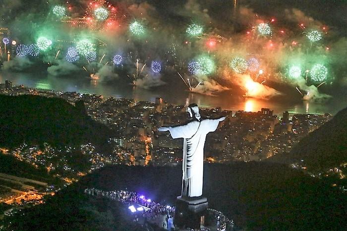 A partir desta quarta, 26/12, os cartões do Metrô para o Reveillon de Copacabana serão vendidos somente na Estação Carioca