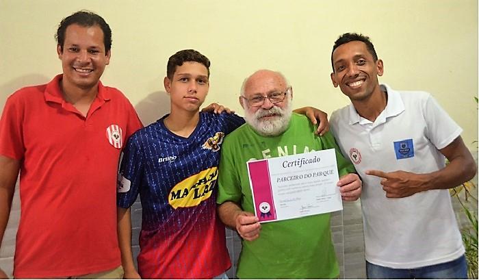Portal recebe certificado de 'Parceiro do Parque' e noticia, em primeira mão, ascensão de mais um craque queimadense a um clube profissional do Rio