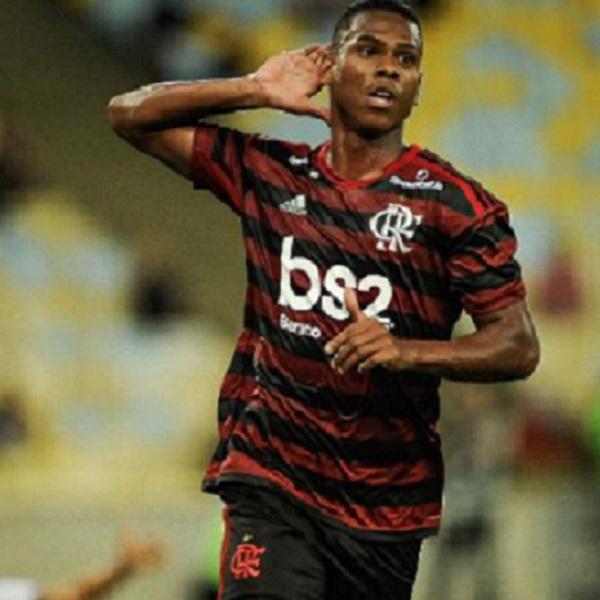 Flamengo vence Vasco pela segunda rodada da Taça Guanabara e assume segundo lugar do Grupo A