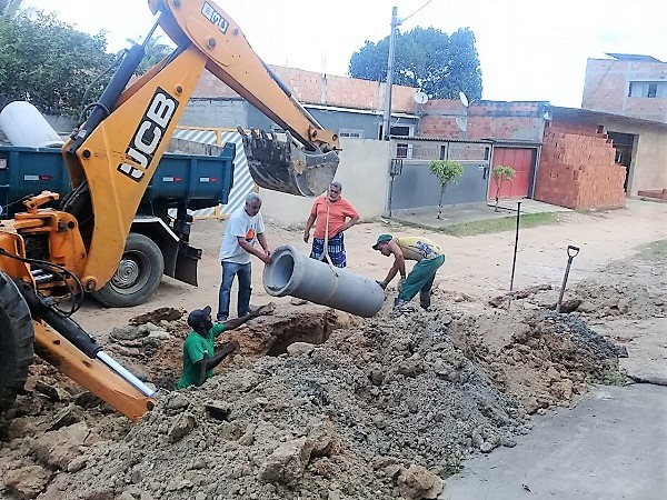 Prefeitura de Queimados agiu rápido e rede de esgoto do Jardim Vista Alegre já foi recuperada