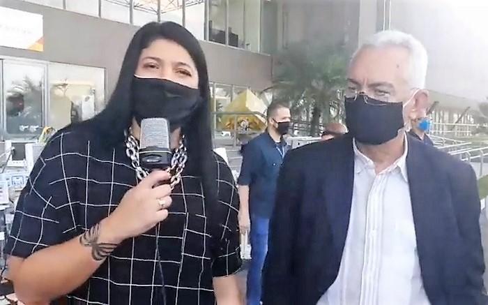 Crivella doa dez respiradores ao município de Queimados por intermediação política da Deputada Alana Passos