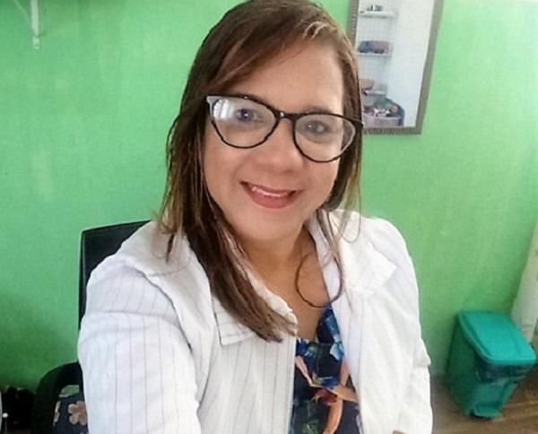 Cilene Cavalcante lança livro sobre particularidades cognitivas e emocionais que ajudam no desenvolvimento humano