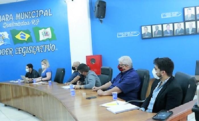 Câmara de Queimados suspende votação de reajustes  salariais para ouvir o prefeito Glauco Kaizer