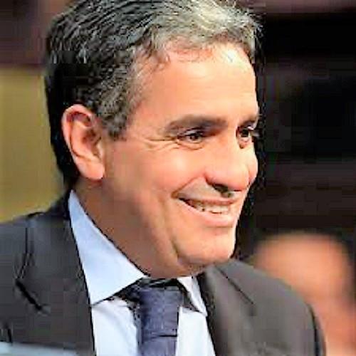 André Ceciliano é reeleito para a presidência da Alerj