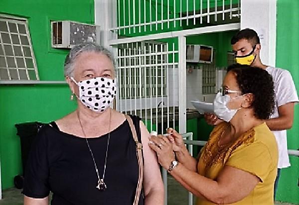 Esta semana tem vacina anti-Covid e vacina da gripe, segunda, terça e quinta-feira