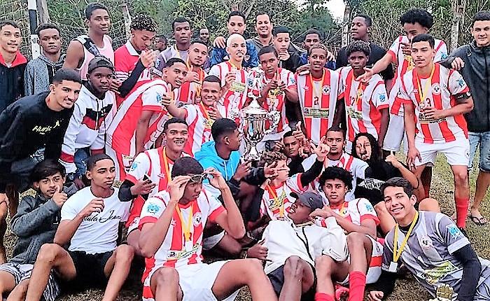 Parque Ipanema conquista o bicampeonato municipal da categoria Sub-17 e ainda tem o artilheiro e o melhor goleiro