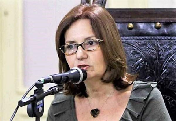 Alerj aprova projeto de lei da deputada Marta Rocha que obriga Planos de saúde a aceitarem pagamentos em cartões de crédito, boletos digitais e PIX